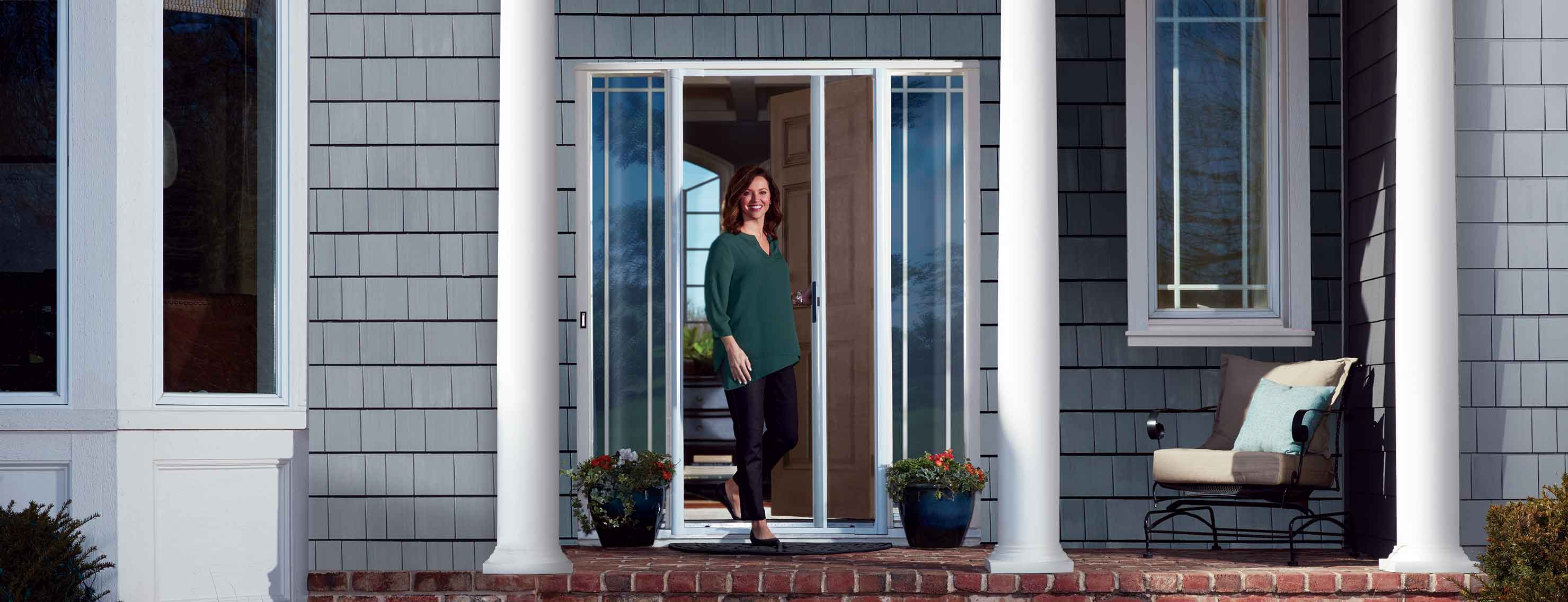 Andersen Luminaire Retractable Screen Door