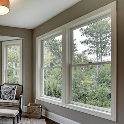 200 Series double-hung windows