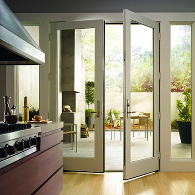 200 Series hinged door