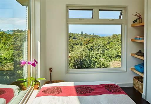 100 Series Coastal Windows