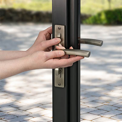 10 Series Fullview Interchangeable Storm Door Hardware