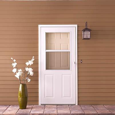 6 Series 1/2 Light Panel Ventilating Storm Door Beauty Shot