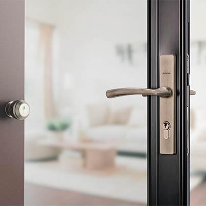 8 Series Fullview Interchangeable Storm Door Hardware