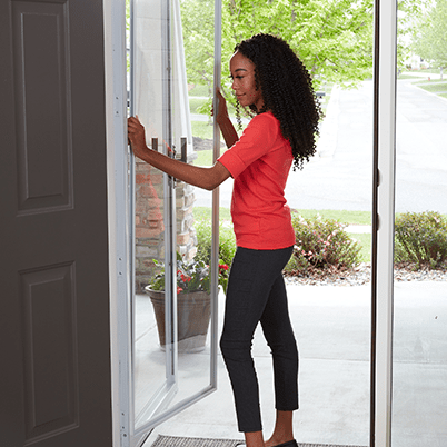 storm door smooth control plus